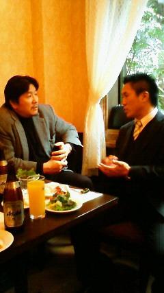 前田さん談笑.jpg